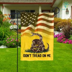 Don't Tread On Me Garden Flag  Garden Flag- Nichefamily.com