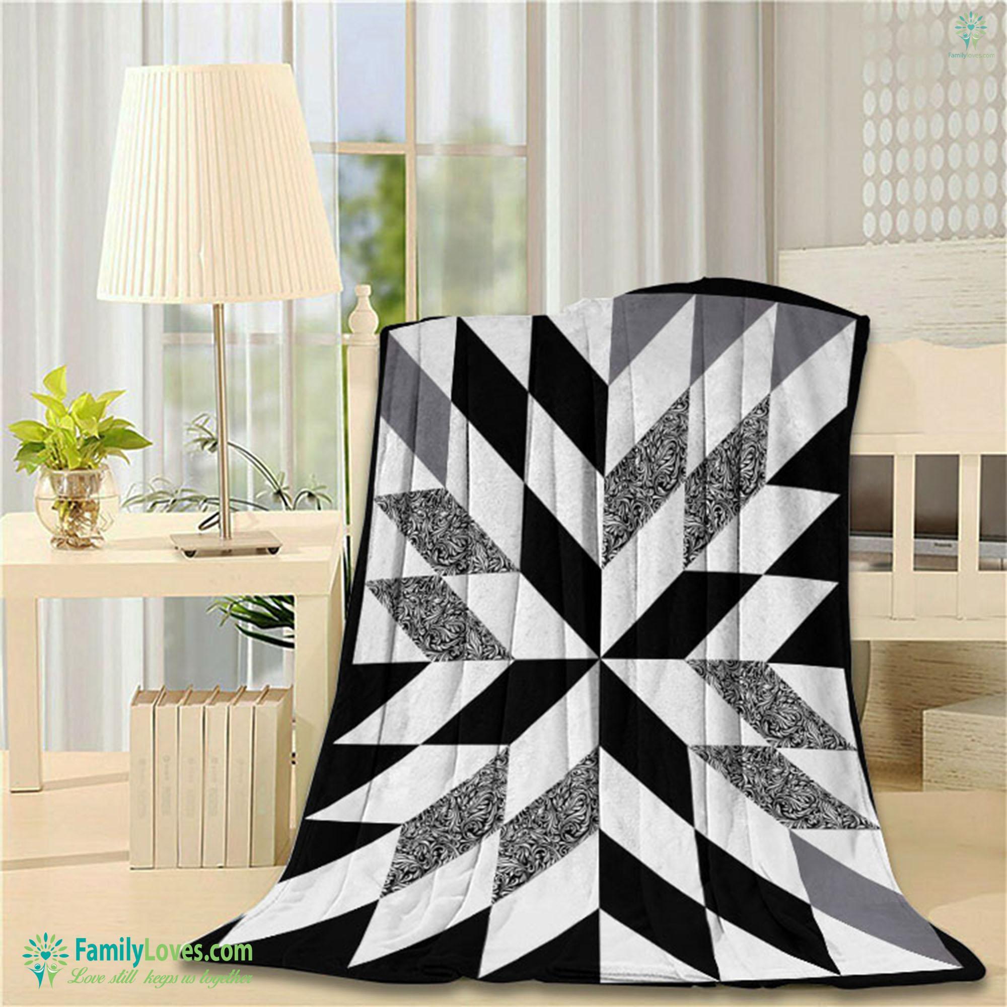 Half Square Triangle Blanket 10 Familyloves.com
