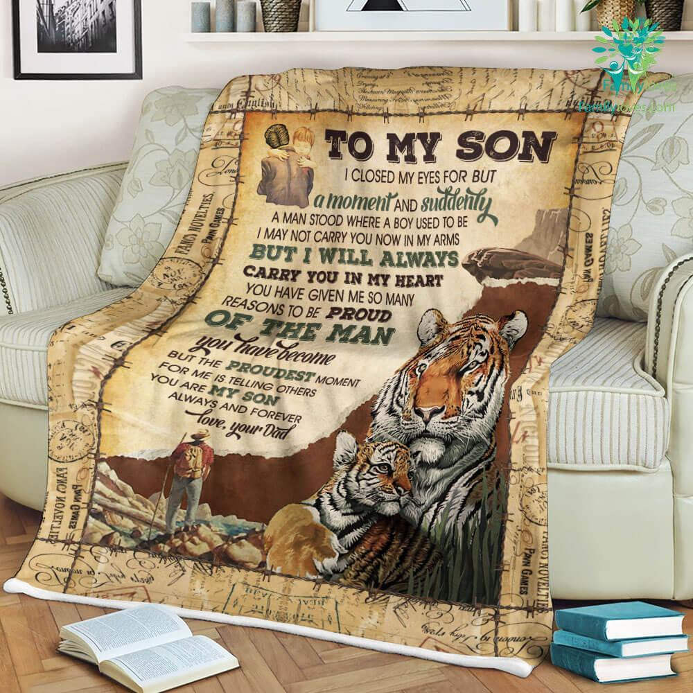 Tiger To My Son I Closed My Eyes For But A Moment And Suddenly Sherpa Fleece Blanket Familyloves.com